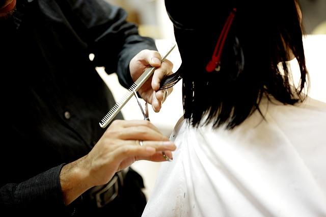 美容師ってカットの仕方(切り方)はみんな同じなのか?