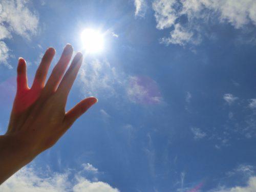 紫外線と手